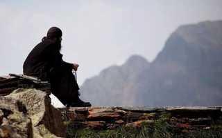 Как женщине уйти в монастырь и что для этого нужно: подробная инструкция и духовный мир человека