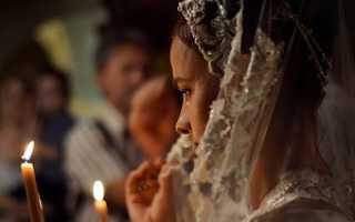 Почему плачут в церкви: ответ священника, плохо это или хорошо, причины слез